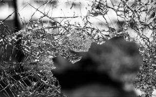 broken glass. by jilbert ebrahimi unsplash