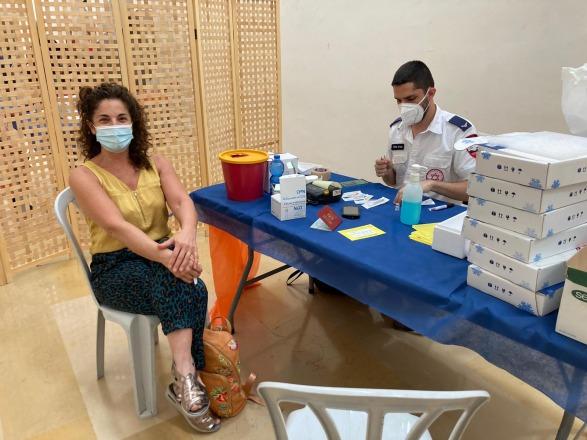 מבצע חיסונים באולם מקסיקו!