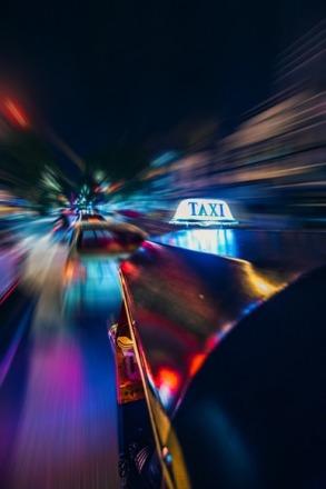 taxi. RYU Wongs, unsplash
